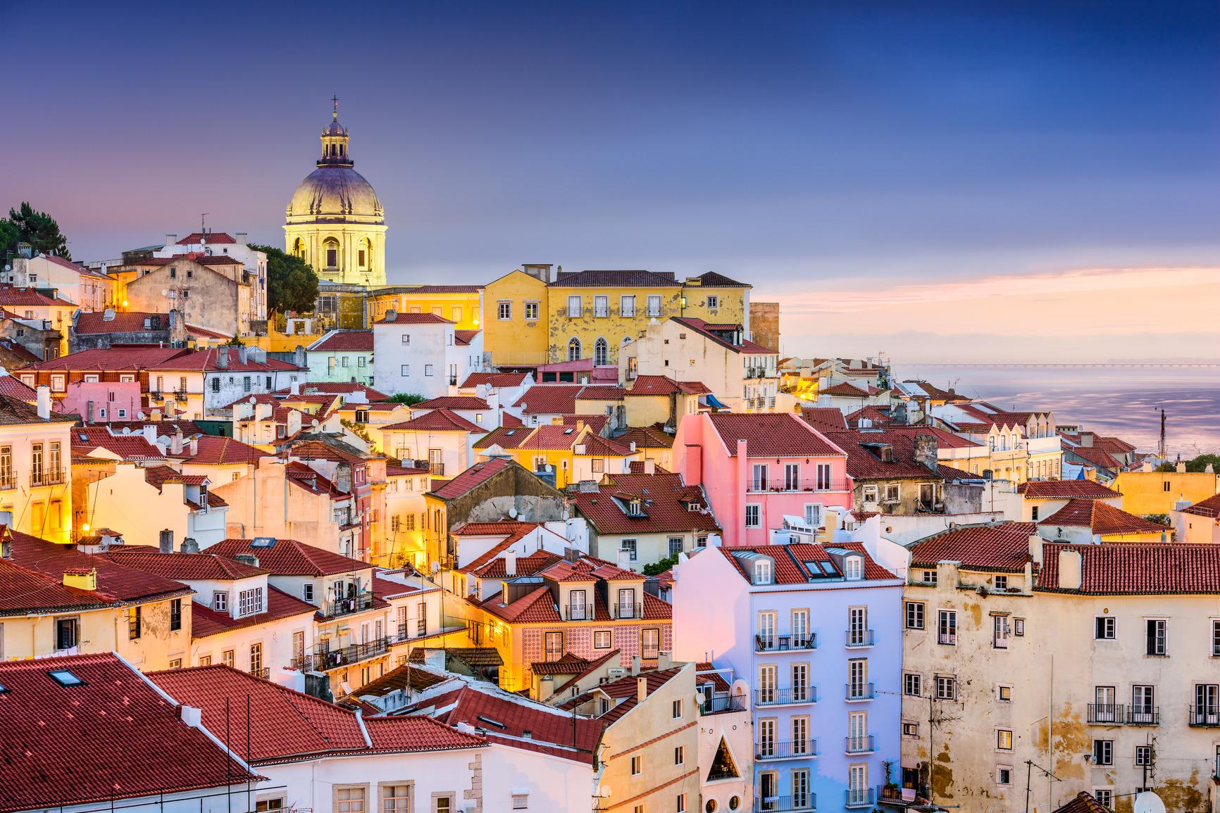 Pigūs lėktuvų bilietai į Portugaliją